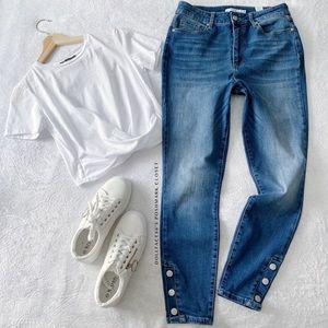 NWOT Button Cuff Stretch Highwaist Jeans